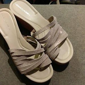Donald J Pliner gold sandal